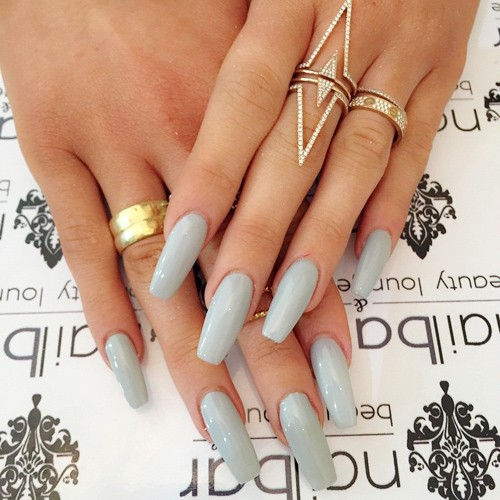 kylie-jenner-nails-14-500x500