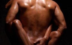2-black-lovers-naked-embracing-by-King-King