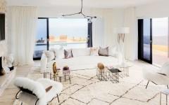 01-caitlyn-jenner-home-living-room-2