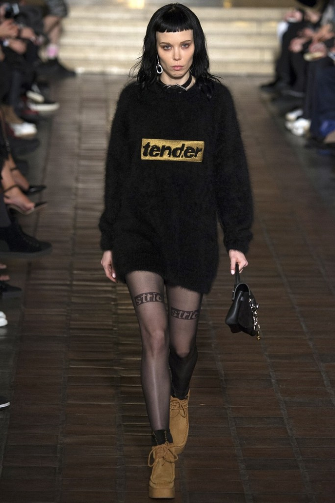Alexander-Wang-2016-Fall-Winter-Runway29
