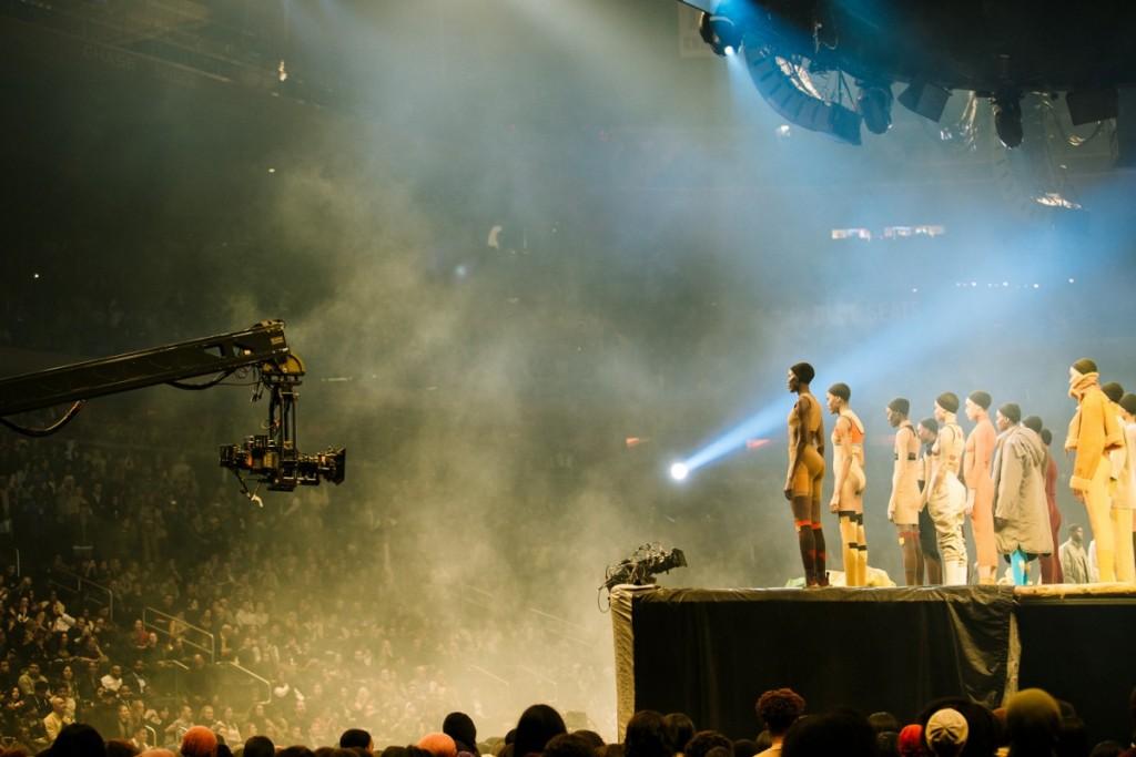 Kanye-West-Yeezy-Season-3-06-1200x800