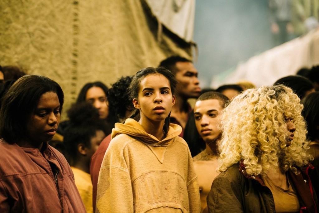 Kanye-West-Yeezy-Season-3-09-1200x800