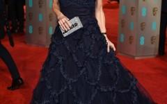 Laura-Bailey-BAFTAs-Red-Carpet-2016-Vogue-14Feb16-Rex_b_426x639