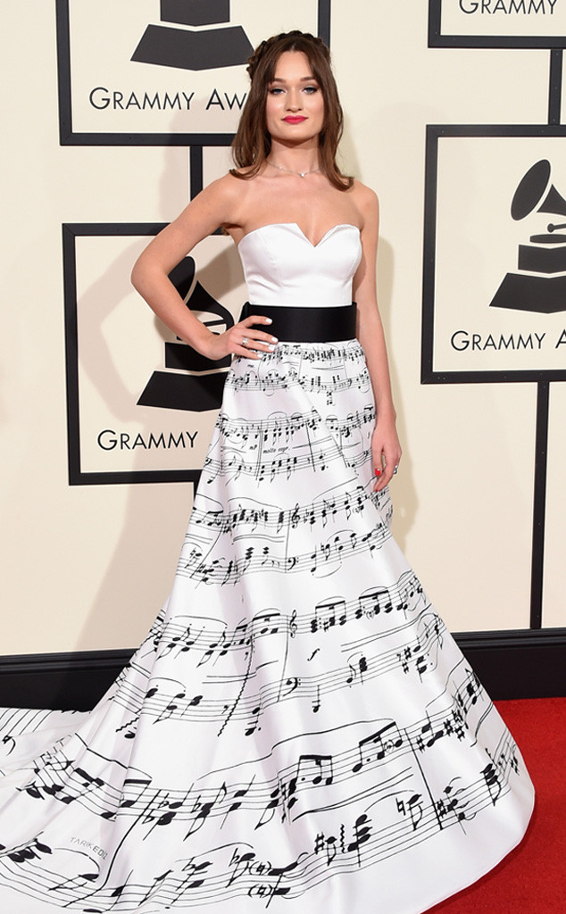 rs_634x1024-160215145457-634.DianaGloster-grammys.cm.21516