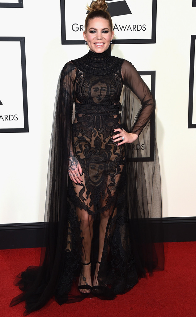 rs_634x1024-160215152202-634-skylar-grey-2016-grammy-awards-arrivals-21516