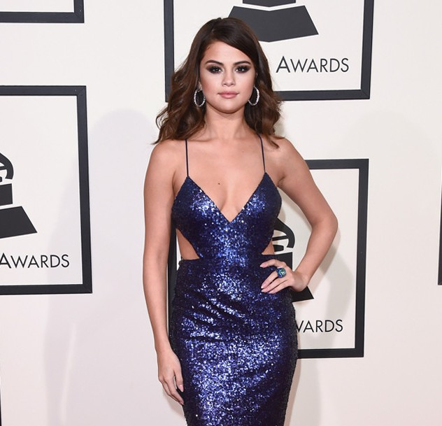 rs_634x1024-160215154142-634-selena-gomez-2016-grammy-awards-arrivals-21516