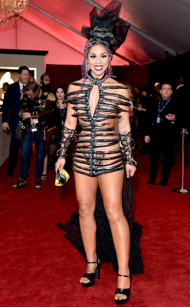 rs_634x1024-160215164532-634.Joy-Villa-Grammy-Awards-2016