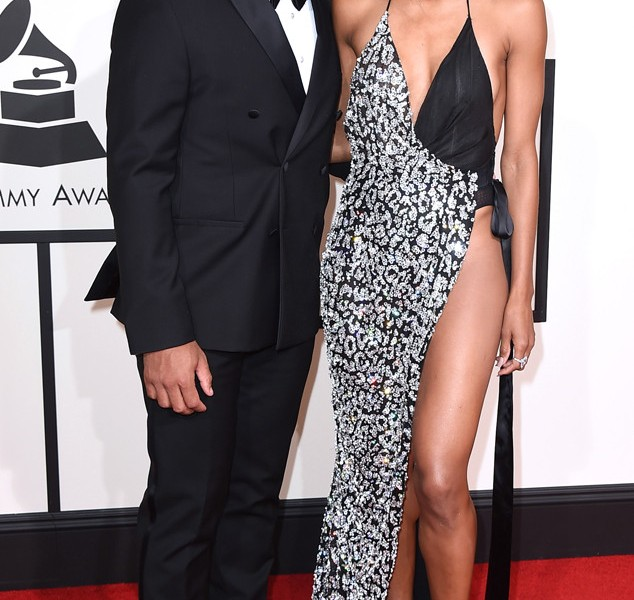 rs_634x1024-160215164920-634.Russell-Wilson-Ciara-Grammy-Awards.ms.021516