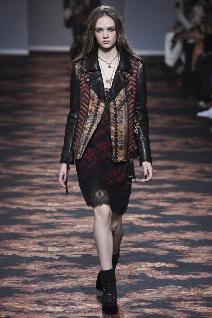 Etro-2016-Fall-Winter-Runway02