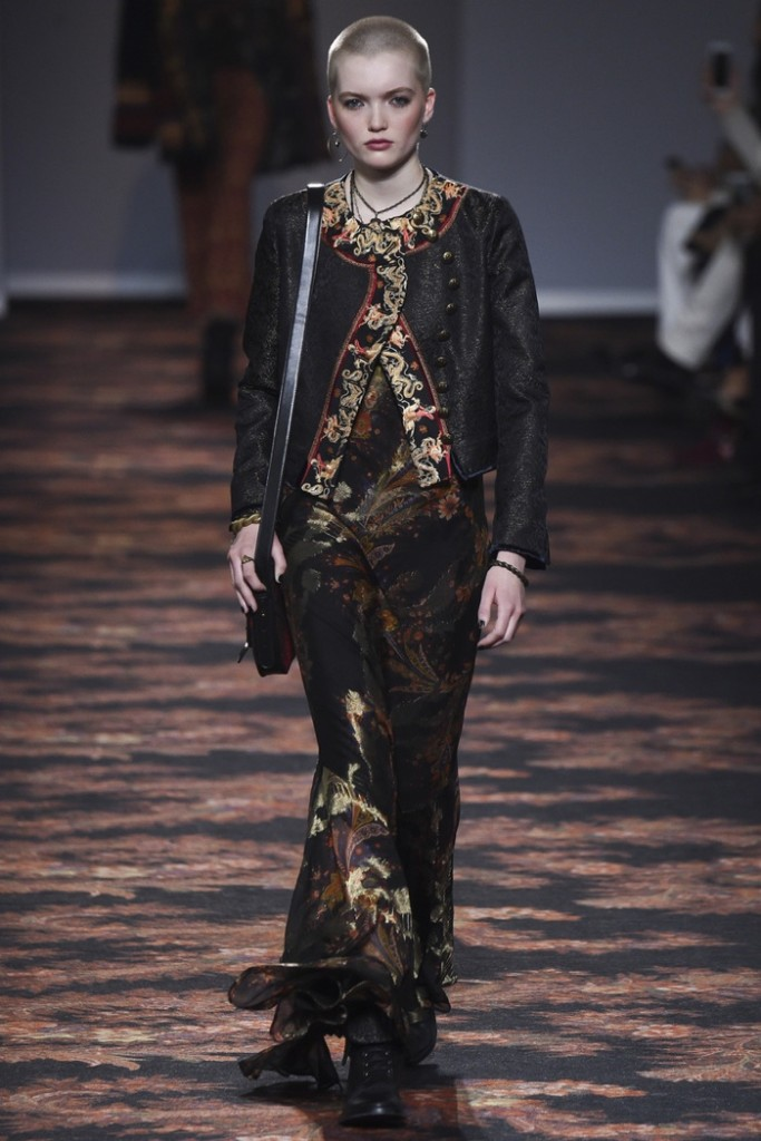 Etro-2016-Fall-Winter-Runway03
