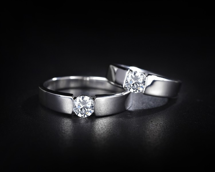 TSS Weddings 7 Reasons Platinum Wedding Bands Are Trending In 2016 The Sep