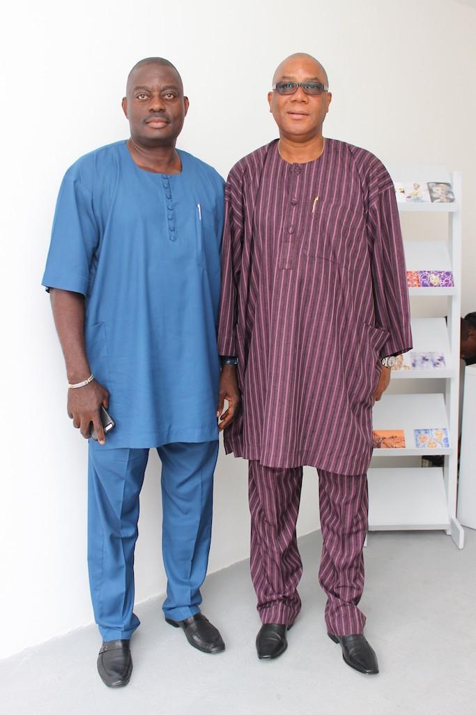 Dr Olatunji Abimbola (right)