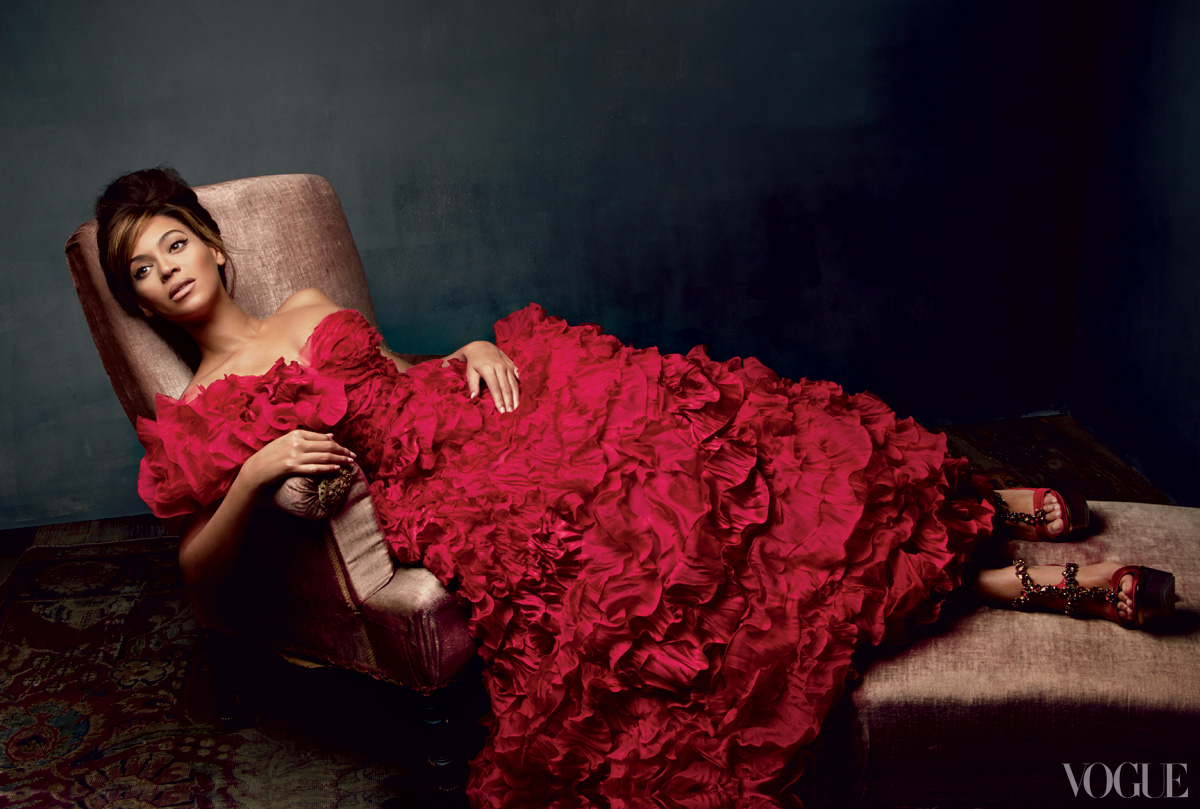 beyonce-vogue-power-issue-spread-christal_rock