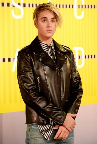 LOS ANGELES, CA - AUGUST 30: Recording artist Justin Bieber attends the 2015 MTV Video Music Awards at Microsoft Theater on August 30, 2015 in Los Angeles, California.  (Photo by Frazer Harrison/Getty Images)