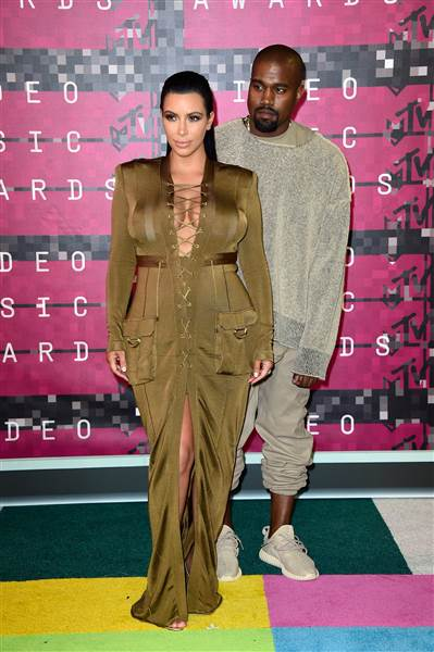 vma-kanye-kim-150830_ac036cece5be92147ec1147f2259ae8a.today-inline-large-2