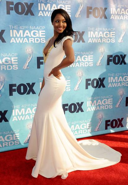 42nd-NAACP-Image-Awards-Red-Carpet-vzBdLBludsHl