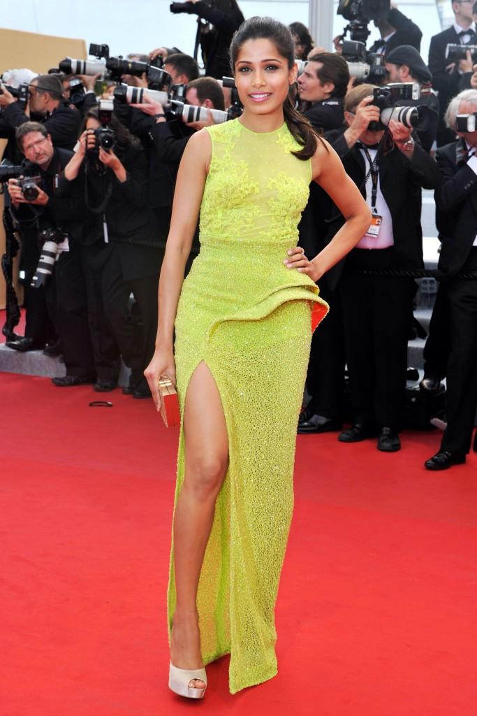 54bc08cac1753_-_hbz-100-best-dresses-2012-freida-pinto