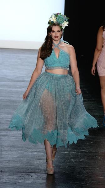 Project-Runway-runway-show-at-New-York-Fashion-Week_061157