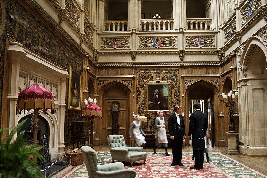 dam-images-daily-2015-02-downton-abbey-art-and-antiques-highclere-castle-downton-abbey-art-antiques-01