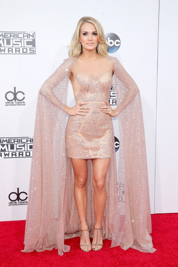 Carrie-Underwood-2015-American-Music-Awards-Elie-Madi-Cape-Dress