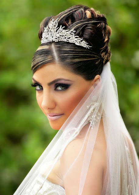 Wedding Hairstyles for Indian Brides3 (1)