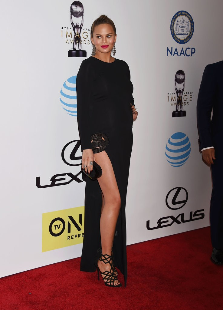 Chrissy-Teigen-Haney-Gown-NAACP-Image-Awards-2016