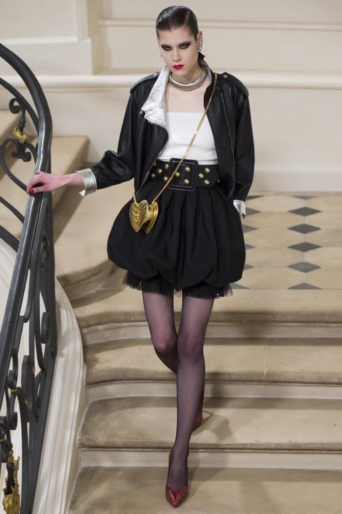 Saint-Laurent-2016-Fall-Winter-Couture-Runway24