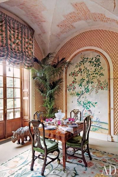 dam-images-celebrity-homes-2013-celebrity-dining-rooms-celebrity-dining-rooms-04-valentino