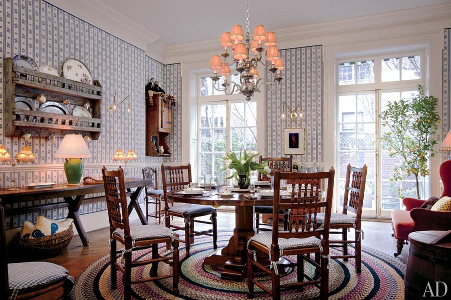 dam-images-celebrity-homes-2013-celebrity-dining-rooms-celebrity-dining-rooms-09-woody-allen