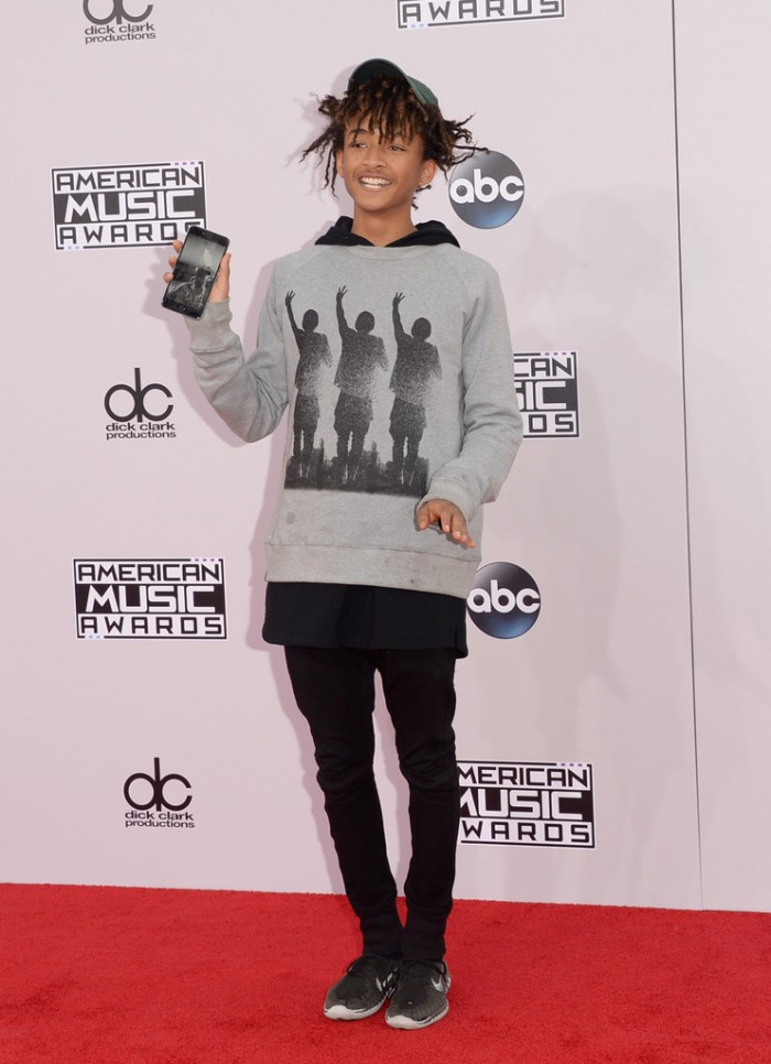 jaden-smith-2014-American-Music-Awards-Arrivals-PGxCTYT8Xspx-700x966