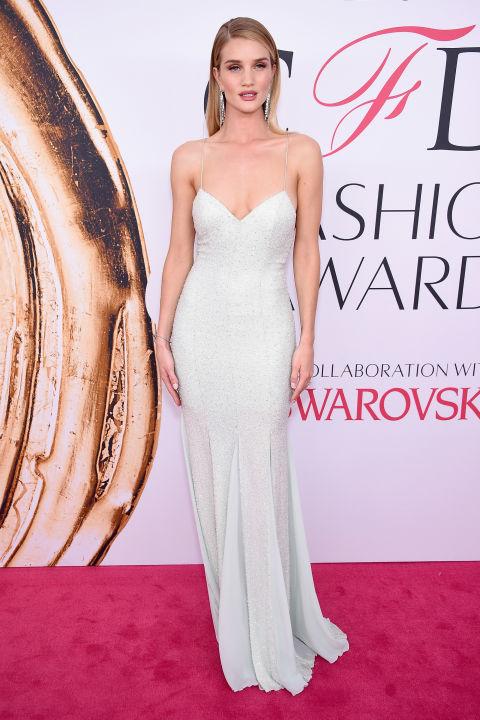 rosie-huntington-whiteley-cfda-fashion-awards