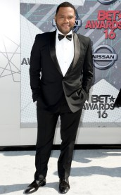rs_634x1024-160626171111-634.Anthony-Anderson-BET-2016.tt_.062616