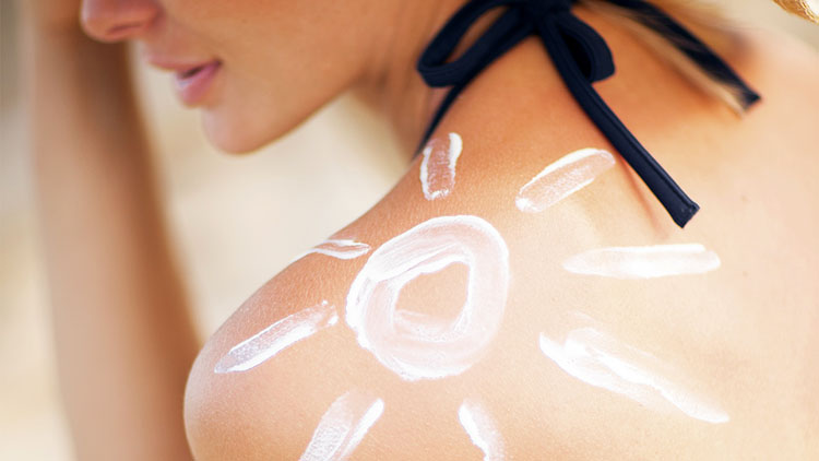 apply-sunscreen