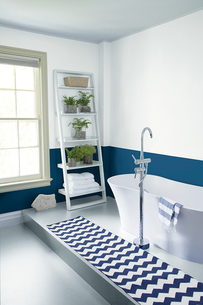 1460643841-wh-bluebathroom-010ht4