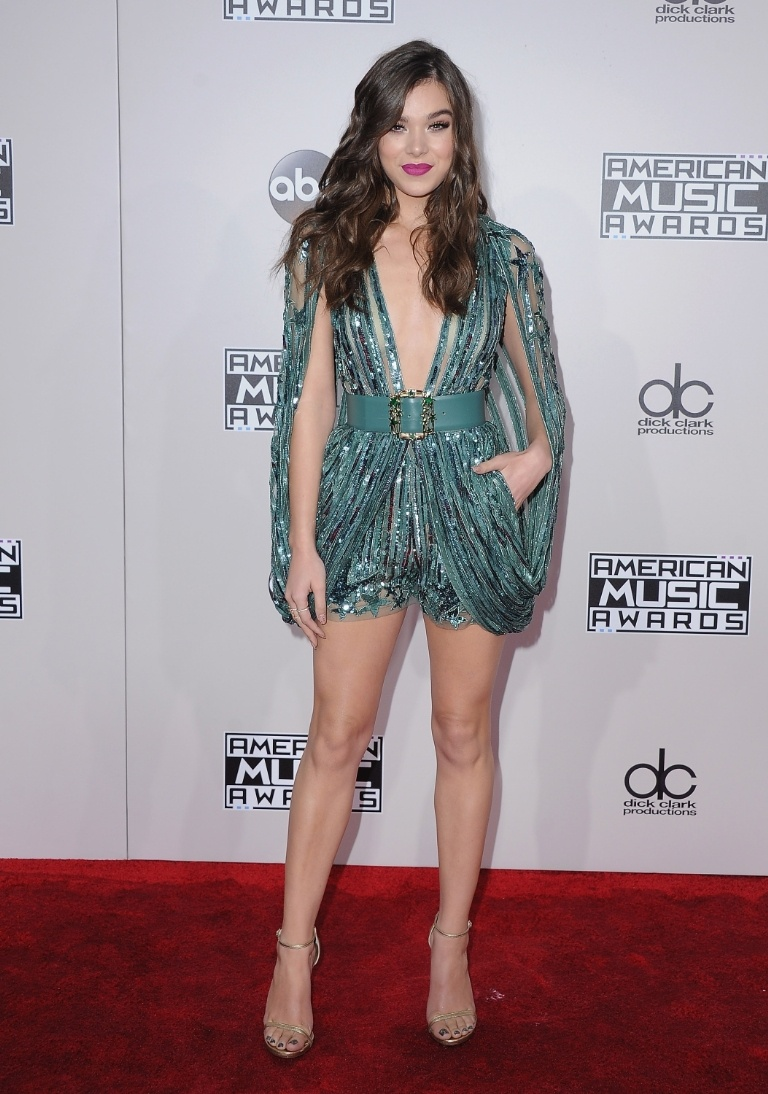 Pitch Perfect actress, Hailee Steinfeld wears an Elie Saab jumpsuit